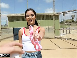 Emily Willis enjoys fellating fuck-stick at the baseball park!