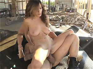bootie boning Alice Romain