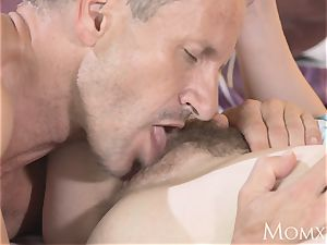 mommy uber-sexy all-natural chick hairy slit gets internal ejaculation