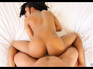 Kira Noir ate and dicked by a big pink cigar