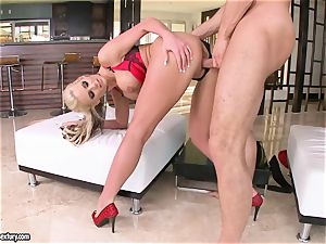 big-boobed Phoenix Marie luvs getting her vag pounded
