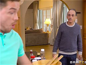 Reagan Foxx cheats on her hubby with his son-in-law in the kitchen