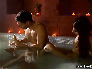 lesbo lust From Exotic India
