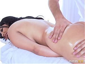 Missy Martinez lubricated up and drilled