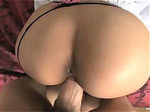 Alluring Ariana Fox wedges her gullet with firm trunk