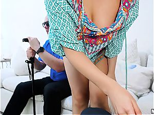 Housewife gets plumbed in front of blind husband