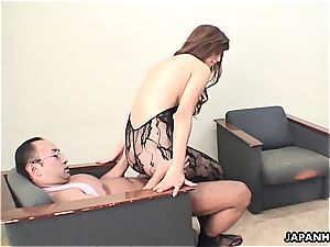 chinese girl makes her chief throb for her fuckbox