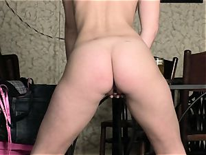 cute bare tart Marry goddess is playing her jiggly slits for gusto