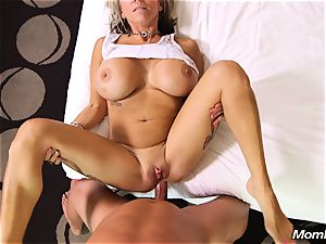 thick globes mummy gets anal invasion nail and facial