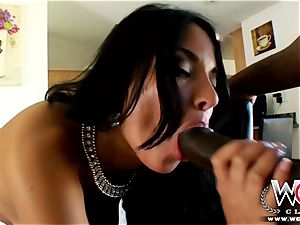 French stunner enjoys a enormous dark-hued pink cigar in her bootie