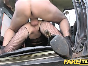 fake taxi Street damsel boinks cabbie for cash