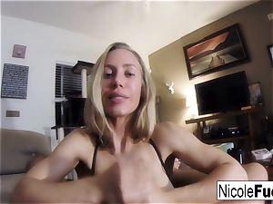 Home movie of Nicole Aniston giving a pov suck Job