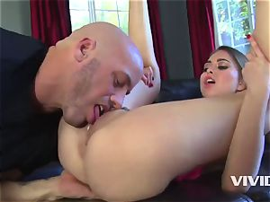 Riley Reid Making Her Step father Proud Of Her