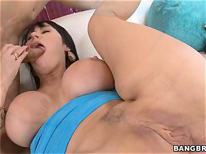 Eva Karera gets backside tucked