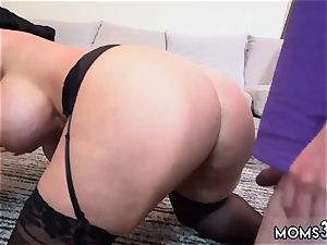 cougar massage pound Step mom s new bang plaything