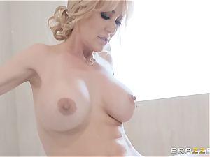 happy pornstar thankfulness day with Brandi enjoy