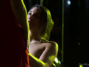 Elexis Monroe seduced by sizzling stepdaughter Abella Danger