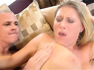 Devon Lee babe getting mans jelly split in her jaws