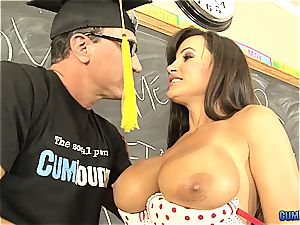 enormously mind-blowing Spanish lessons with Lisa Ann in 1080p