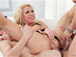 double penetration longing blondie mummy