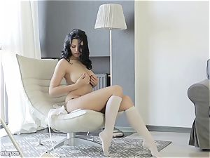 big-boobed sweetheart from Russia Kira queen showcases her elegant cootchie