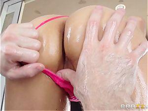 Sarah Vandella suffers an oily assfuck humping
