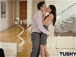 jaw-dropping Ariana Marie ass-fuck pulverized