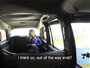 fake cab platinum-blonde gets backseat discount