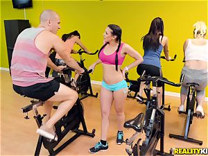 spinning on a whole new level with Rachel Starr