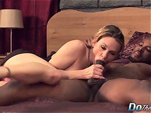 wife Amanda blow boned by a black stud