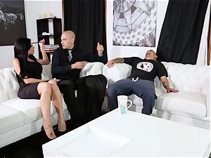 subjugated plows his manager Jaclyn Taylor while her spouse sleeps