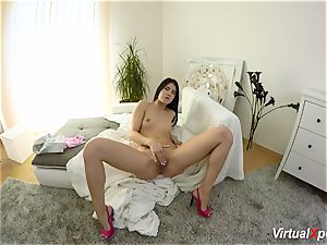 wooly big-chested Angel Wicky on webcam