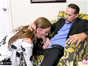 Maddy pokes the therapist while her spouse waits